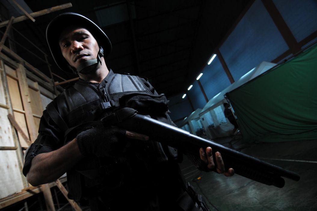 THE-RAID martial arts action raid crime raid thriller (11) wallpaper