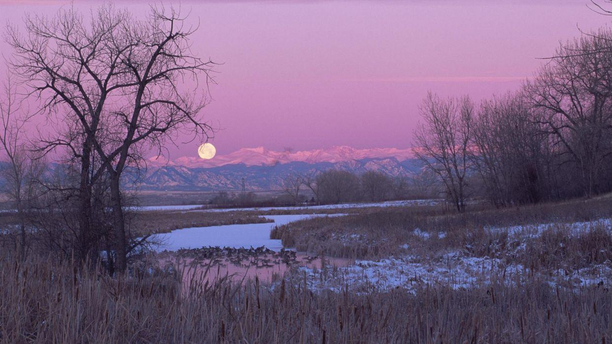 Moon Colorado swamps wallpaper