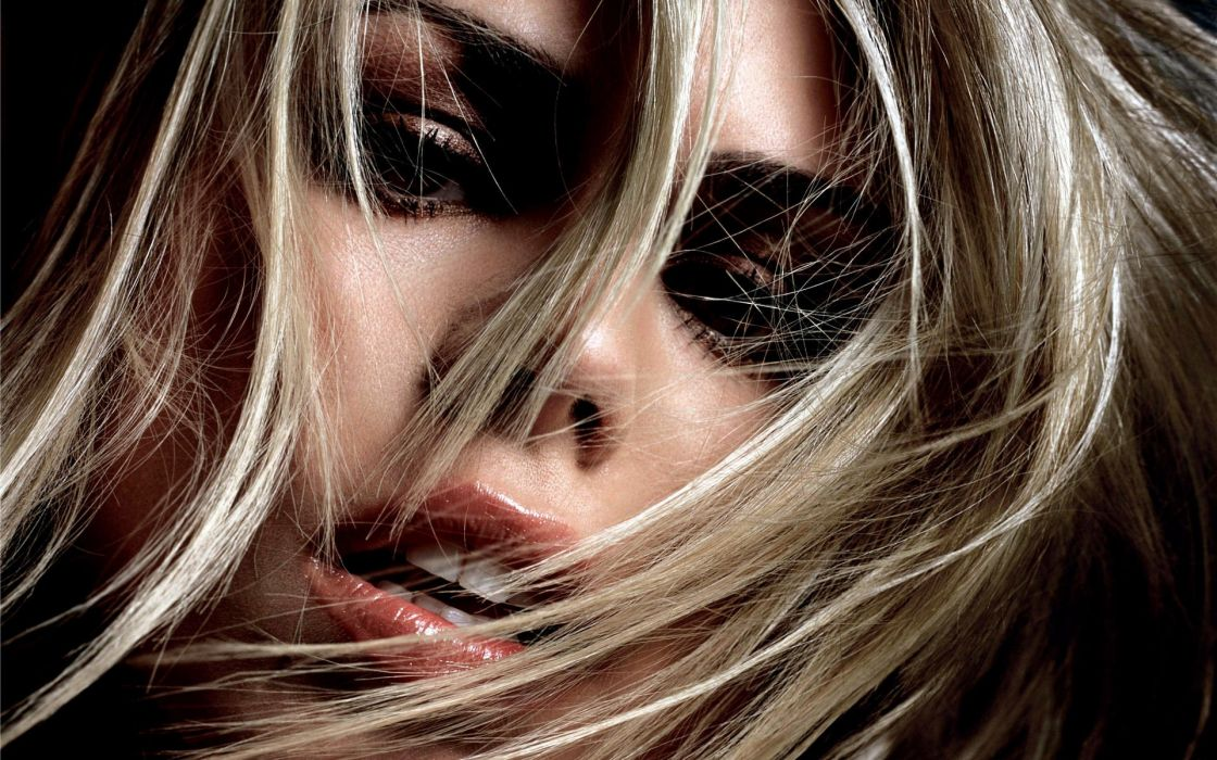 blondes women Billie Piper faces wallpaper