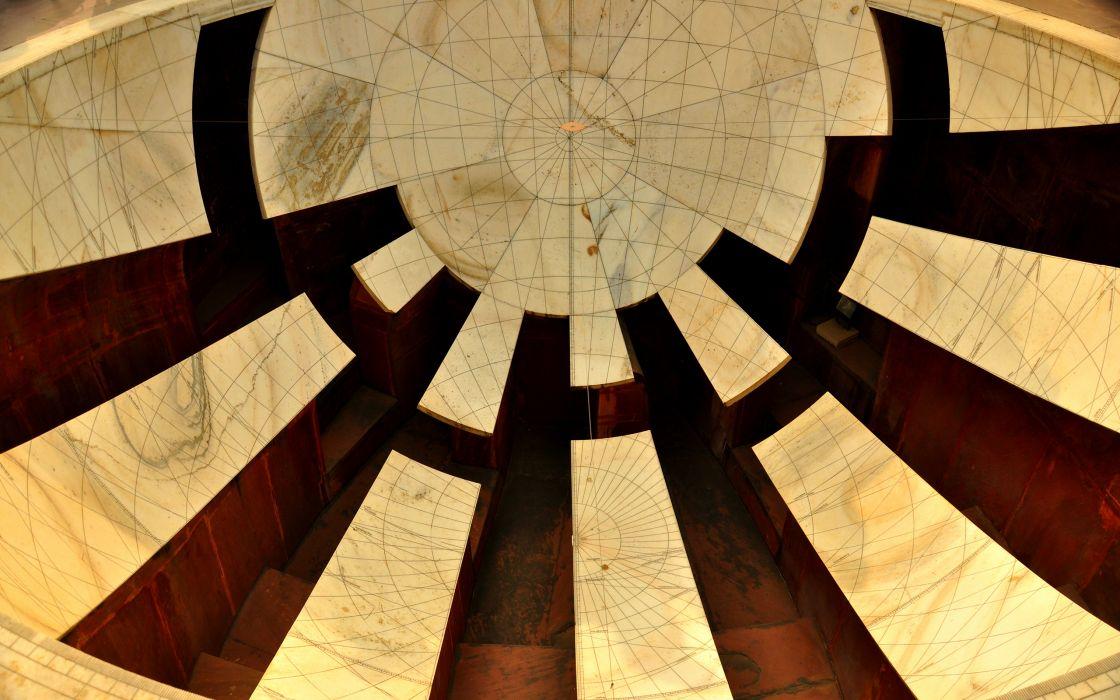Ceiling Circle wallpaper