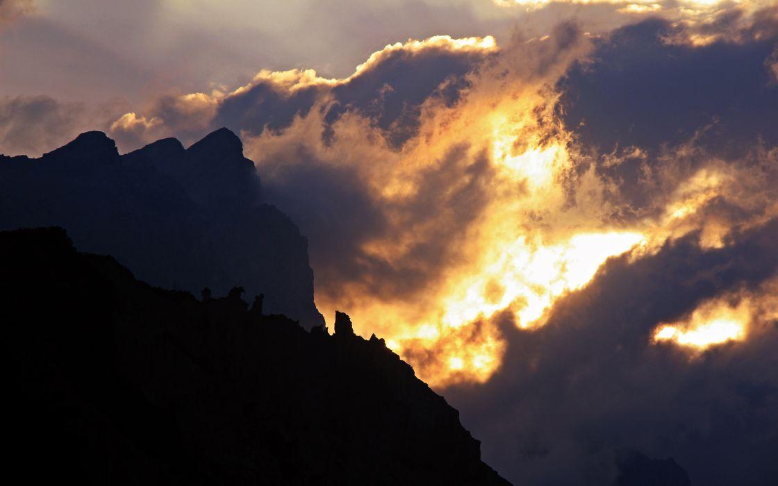 Clouds Sunligh wallpaper