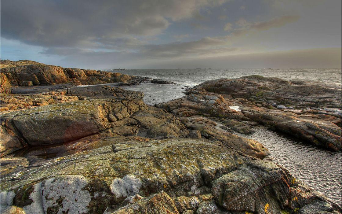 Ocean Rocks wallpaper