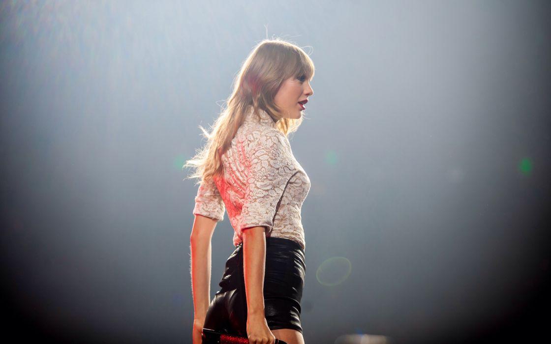 Taylor Swift Blonde wallpaper