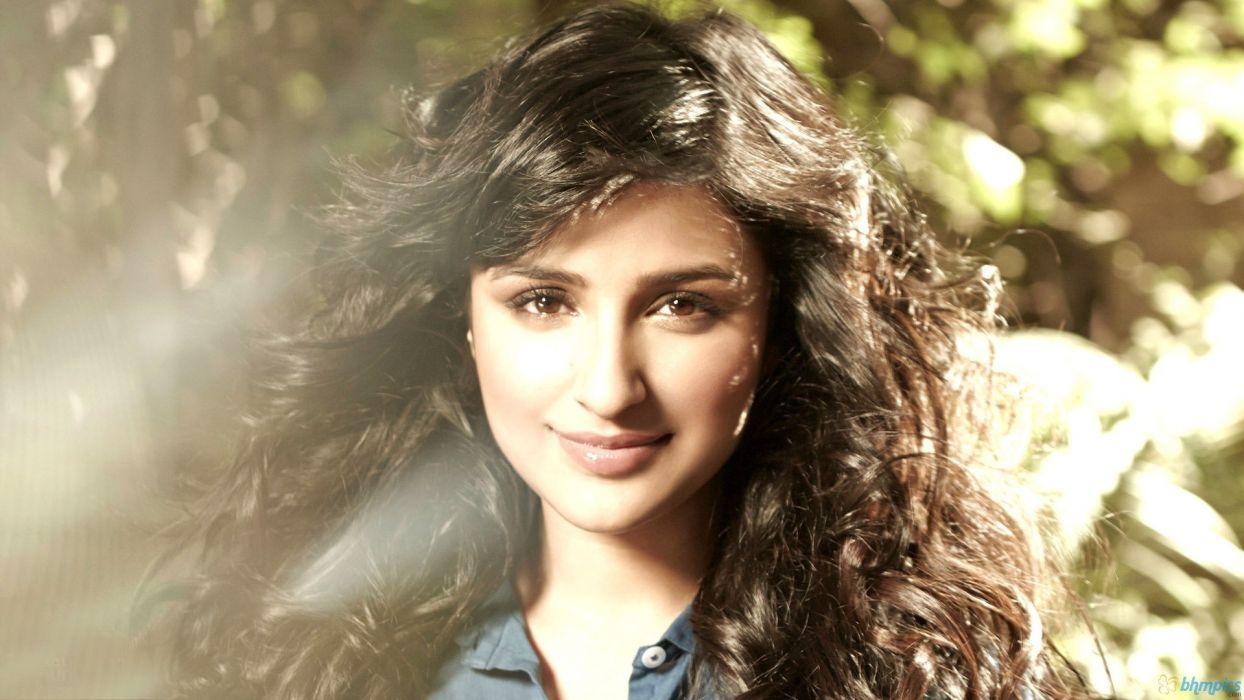 women celebrity indian girls parineeti chopra Bollywood actress models wallpaper