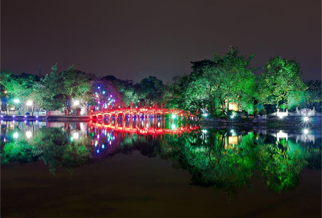 Vietnam Hanoi Sword Lake reflection    f wallpaper