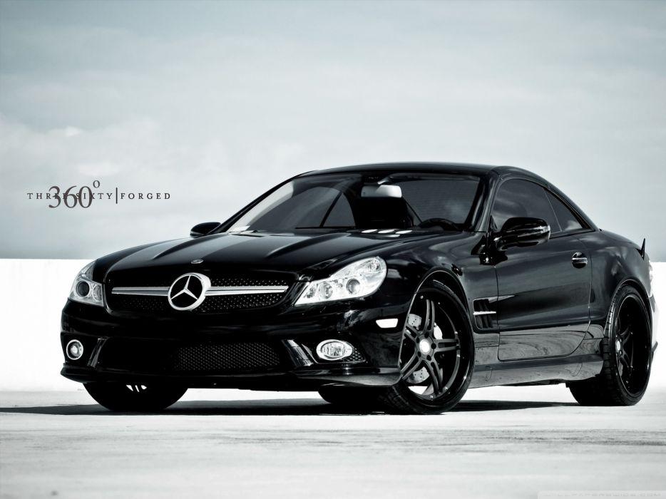 Mercedes Benz 32 wallpaper