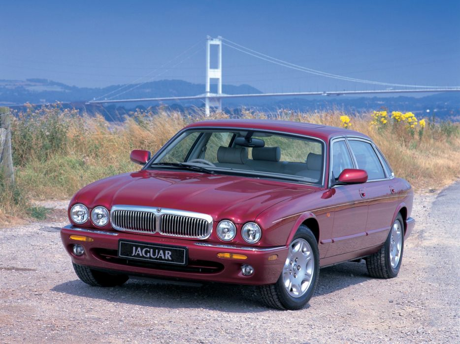 1997-03 Jaguar XJ8 (X300) luxury  r wallpaper