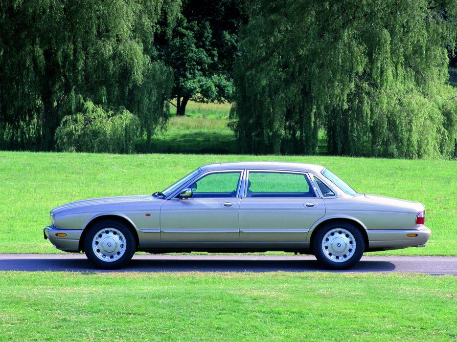 1998-03 Daimler Jaguar V8 (X308) luxury v-8   f wallpaper