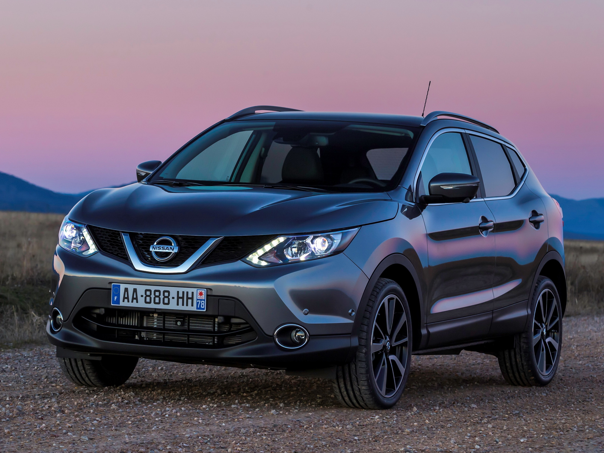 2014 nissan qashqai suv g wallpaper 2048x1536 221621. Black Bedroom Furniture Sets. Home Design Ideas