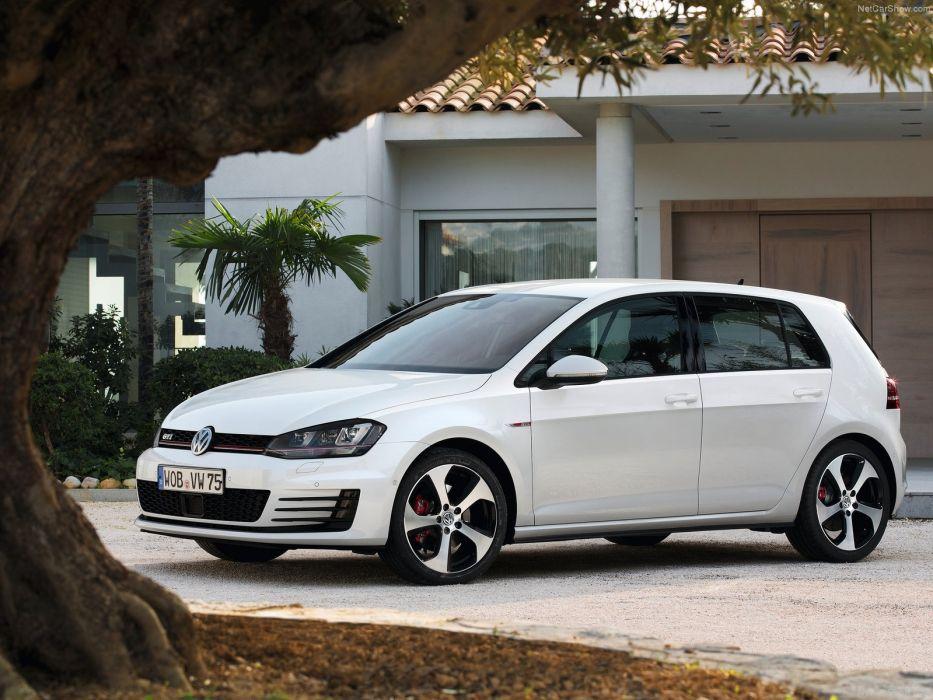 Volkswagen Golf GTI 2014 wallpaper