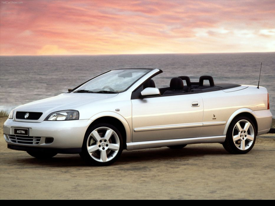Holden Astra Convertible 2003 wallpaper