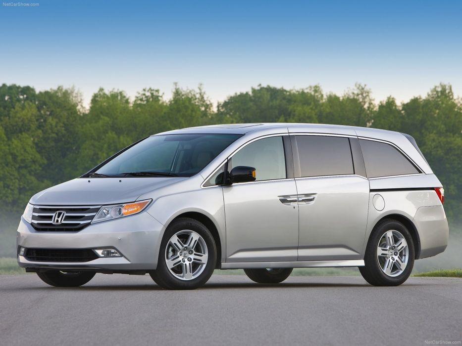 Honda Odyssey 2011 wallpaper