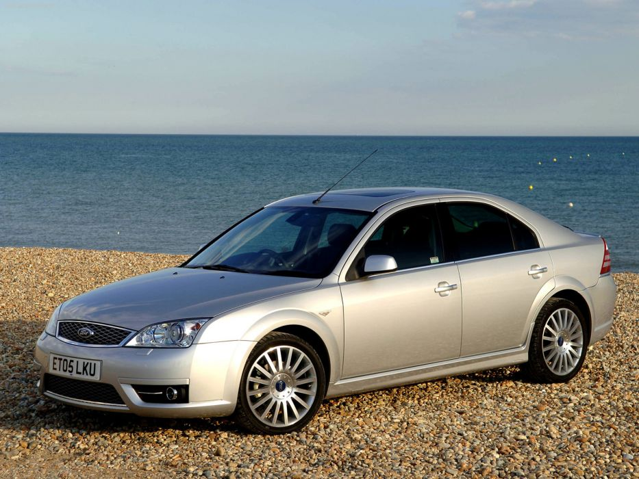 Ford Mondeo ST TDCi 2005 wallpaper