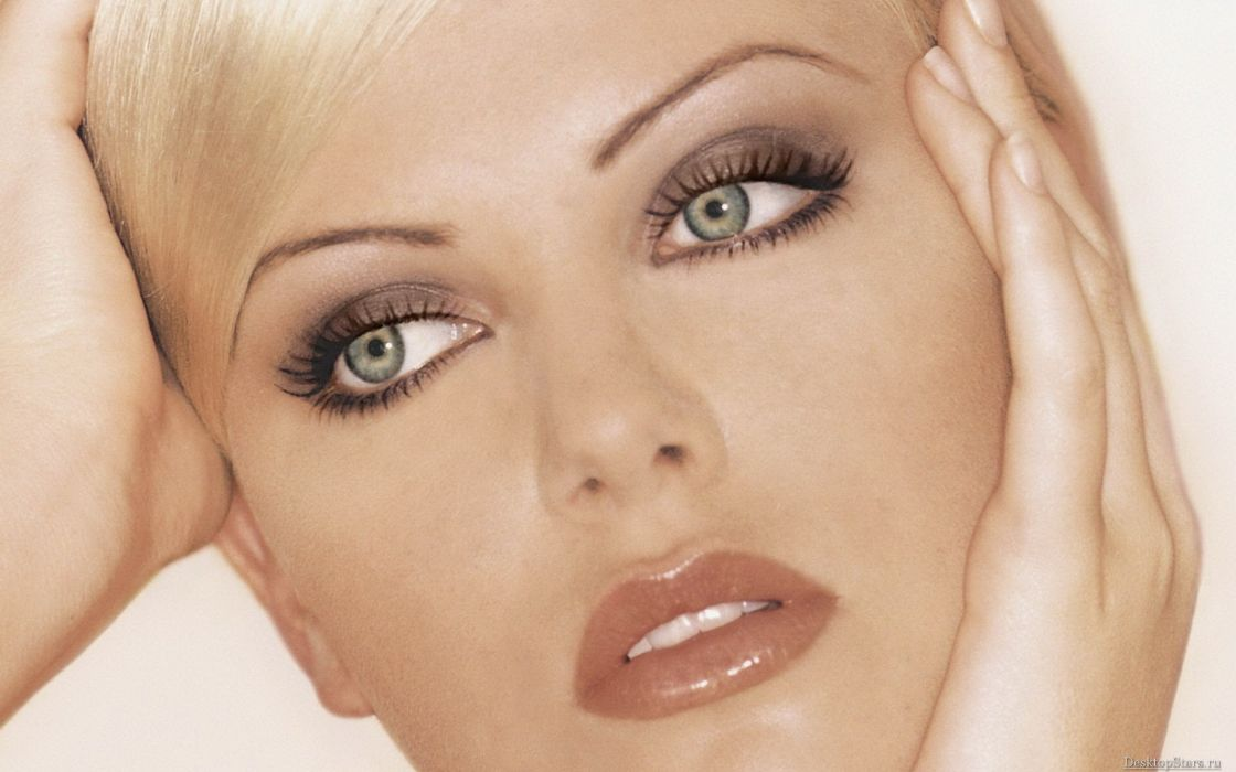 blondes women actress models Charlize Theron faces wallpaper