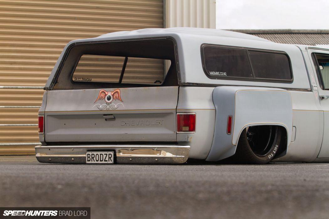Chevrolet pickup lowrider custom  re wallpaper