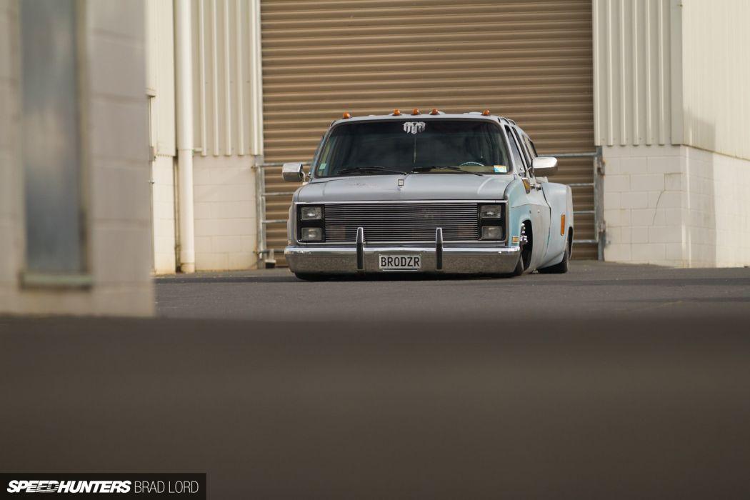 Chevrolet pickup lowrider custom   f wallpaper