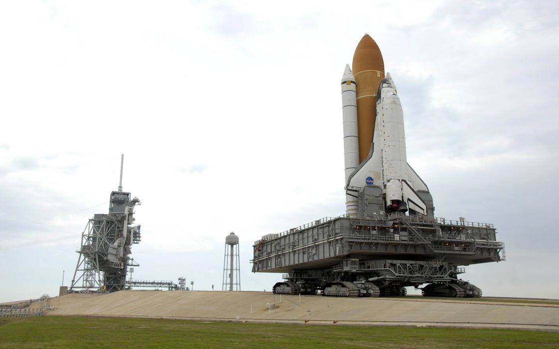 Space Shuttle Atlantis NASA launch pad wallpaper