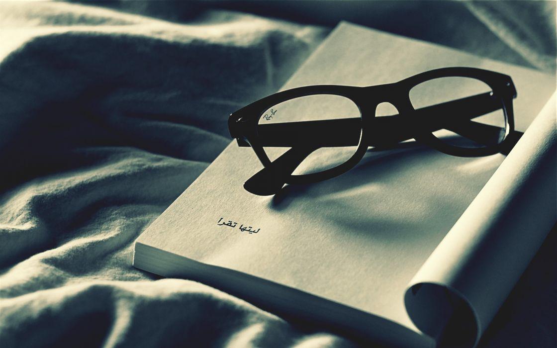 glasses books Arabic wallpaper