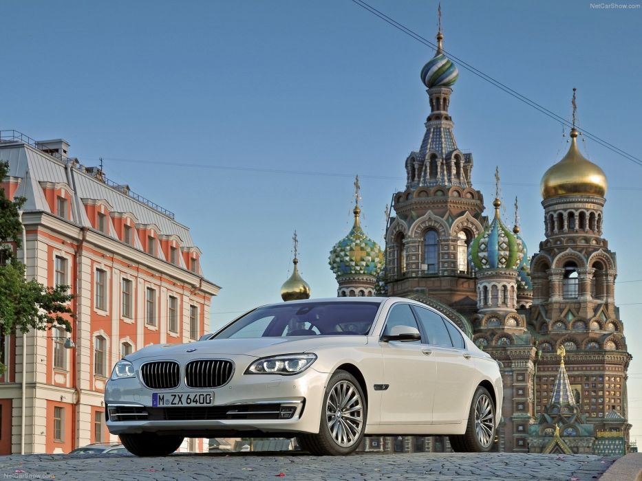 BMW 7-Series 2013 wallpaper