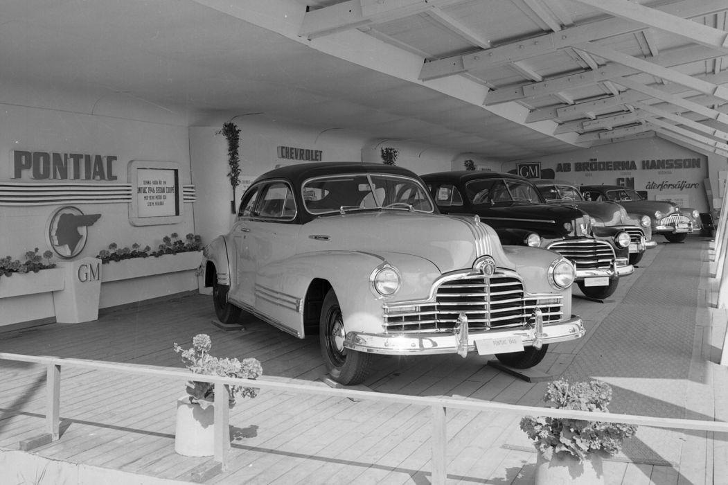 Pontiac Streamliner Coupe 1946 wallpaper