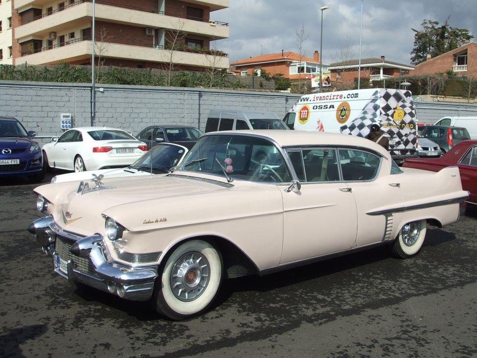 Cadillac Sedan de Ville 1957 wallpaper
