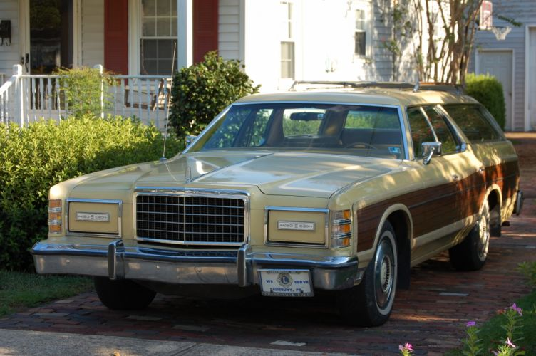 Ford Country Squire 1976_JPG wallpaper