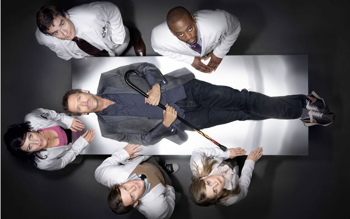 Jennifer Morrison Lisa Edelstein Hugh Laurie James Evan Wilson Gregory House Omar Epps Robert Sean Leonard Jesse Spencer Cuddy Robert Chase looking up wallpaper