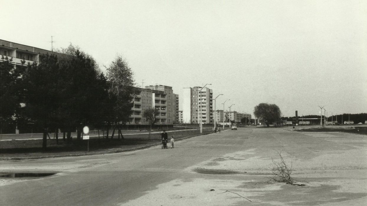 landscapes cityscapes atomic nuclear architecture Russia CCCP Pripyat Chernobyl USSR accident Ukraine nuclear explosions nuclear power plants historic disasters abandoned city abandoned cities Ghost Town wallpaper
