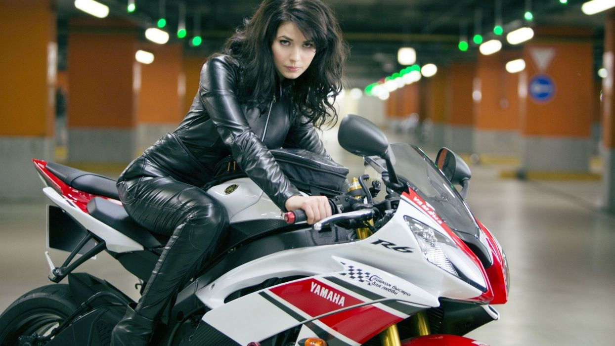 brunettes women movies actress Die Hard motorbikes Yamaha R6 Yuliya Snigir a good day to die hard models wallpaper