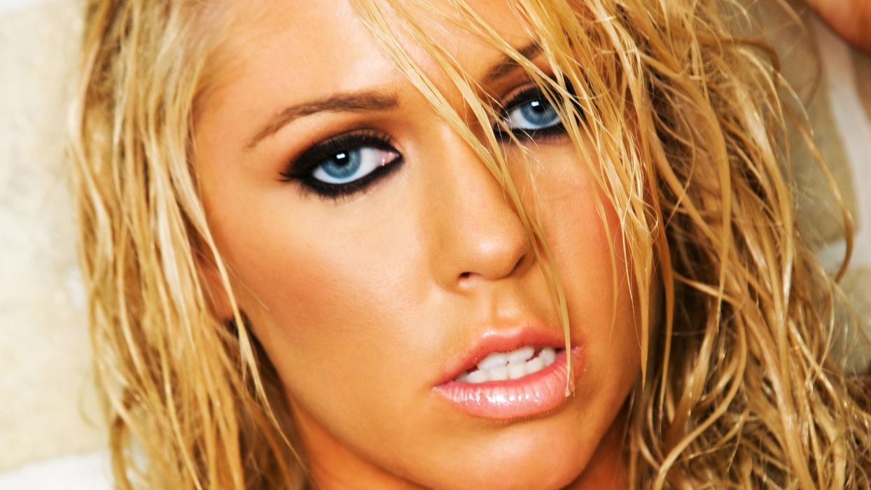 blondes women close-up blue eyes faces wallpaper