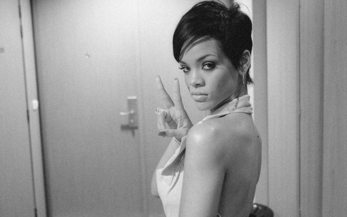 black people music Rihanna short hair rapper musicians pop stars wallpaper