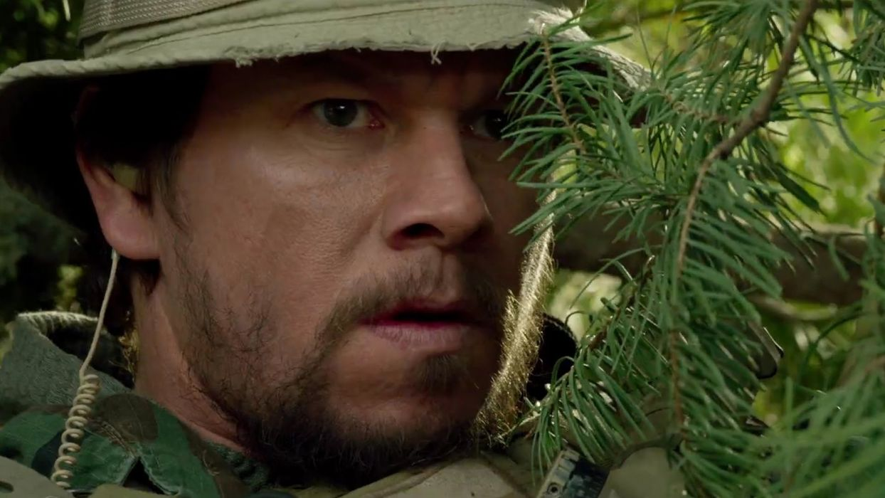 LONE SURVIVOR action biography drama military seal soldier  t wallpaper
