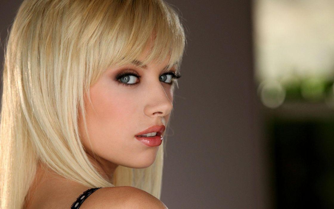 blondes women close-up eyes lips big eyes Emma Mae faces wallpaper