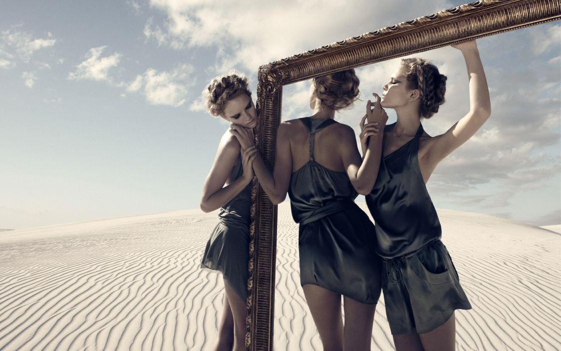 women deserts models modern  fashion photography wallpaper