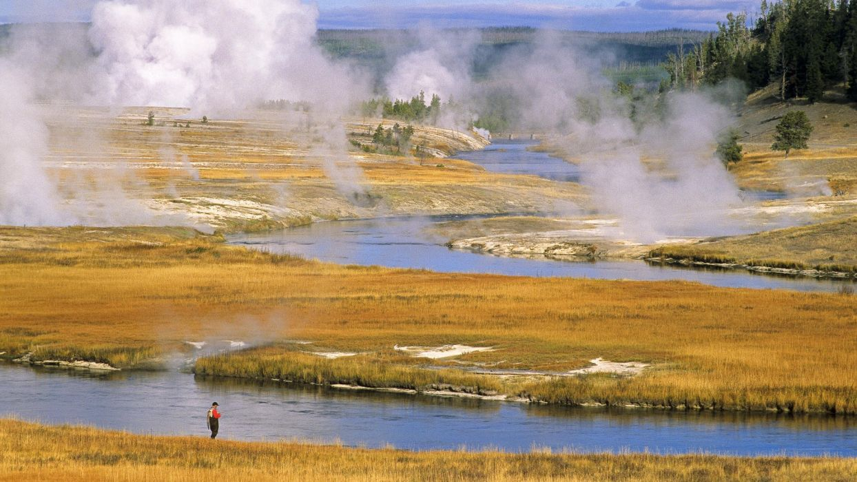 Yellowstone National Park wallpaper