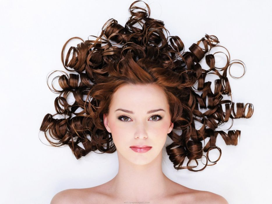 brunettes women curly hair hairstyle wallpaper