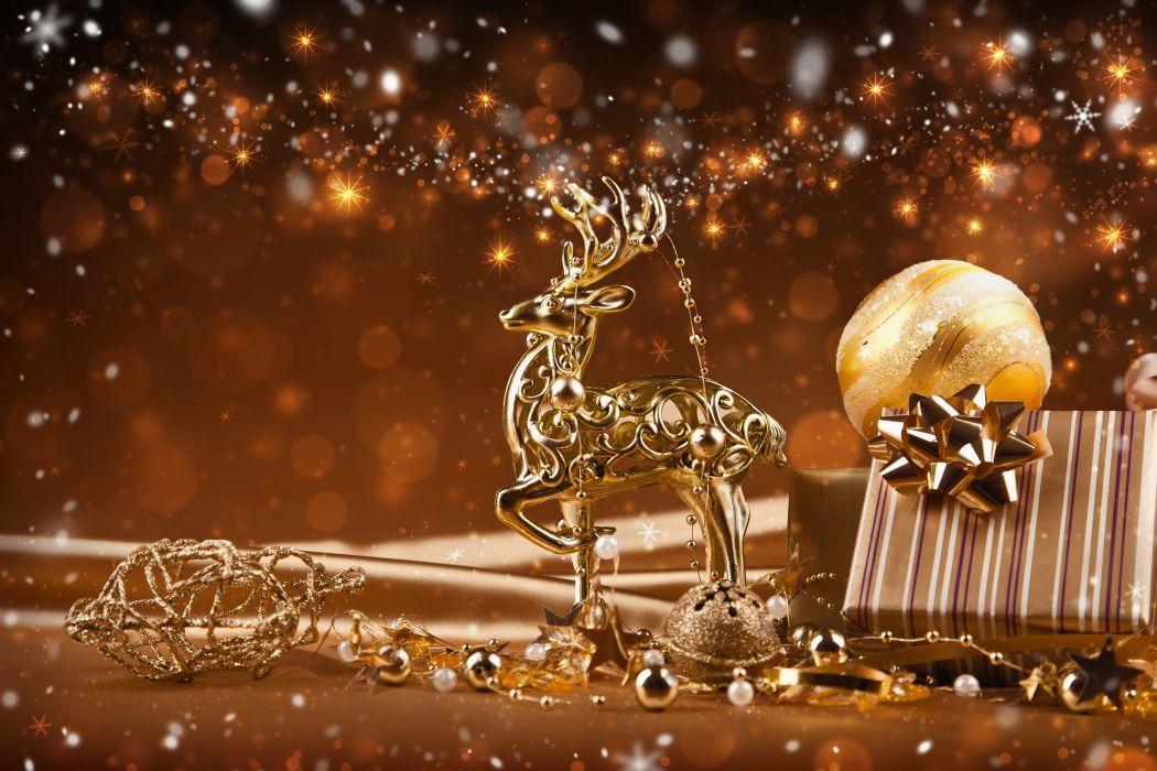 reindeer new year ornaments golden christmas lights decoration wallpaper