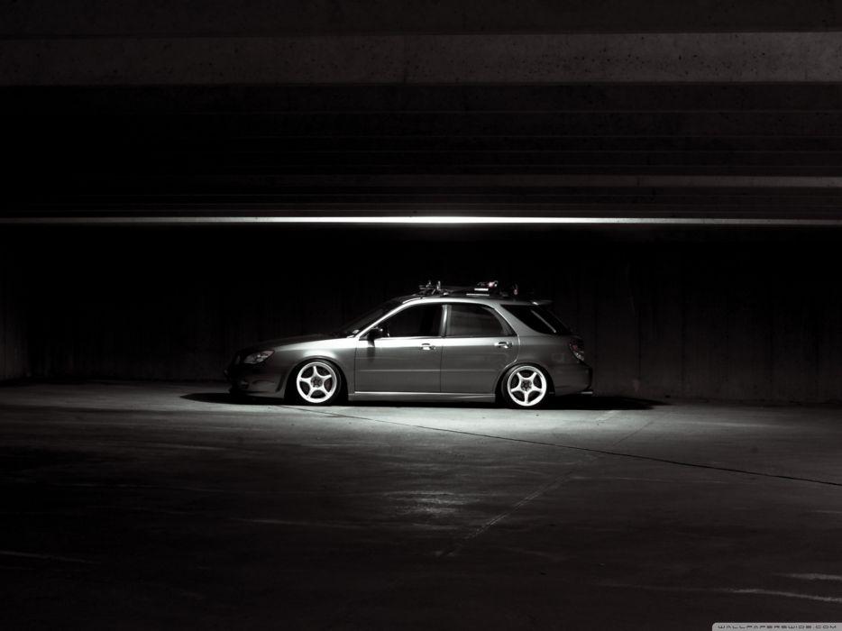 Subaru Impreza in Parking wallpaper