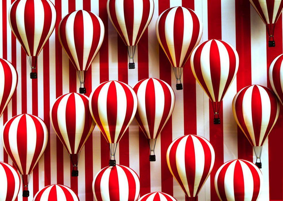 balloos stripes red white wallpaper