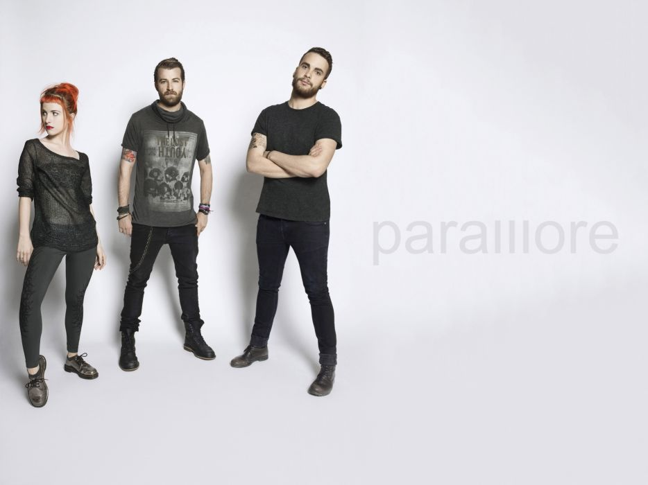 Paramore Hayley Williams Jeremy Davis Taylor York promo photo gray alternative rock pop punk wallpaper