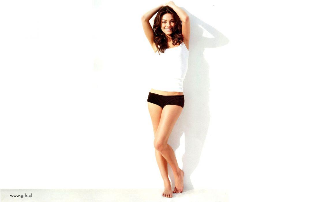 boobs women Mila Kunis actress wallpaper