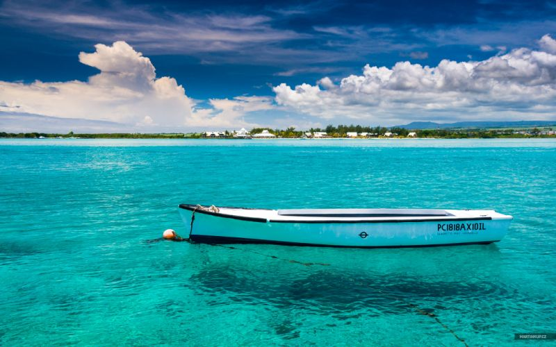 ocean clouds landscapes nature tropical boats HDR photography Mauritius sea wallpaper