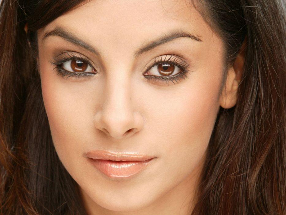 brunettes eyes Collien Fernandes faces wallpaper