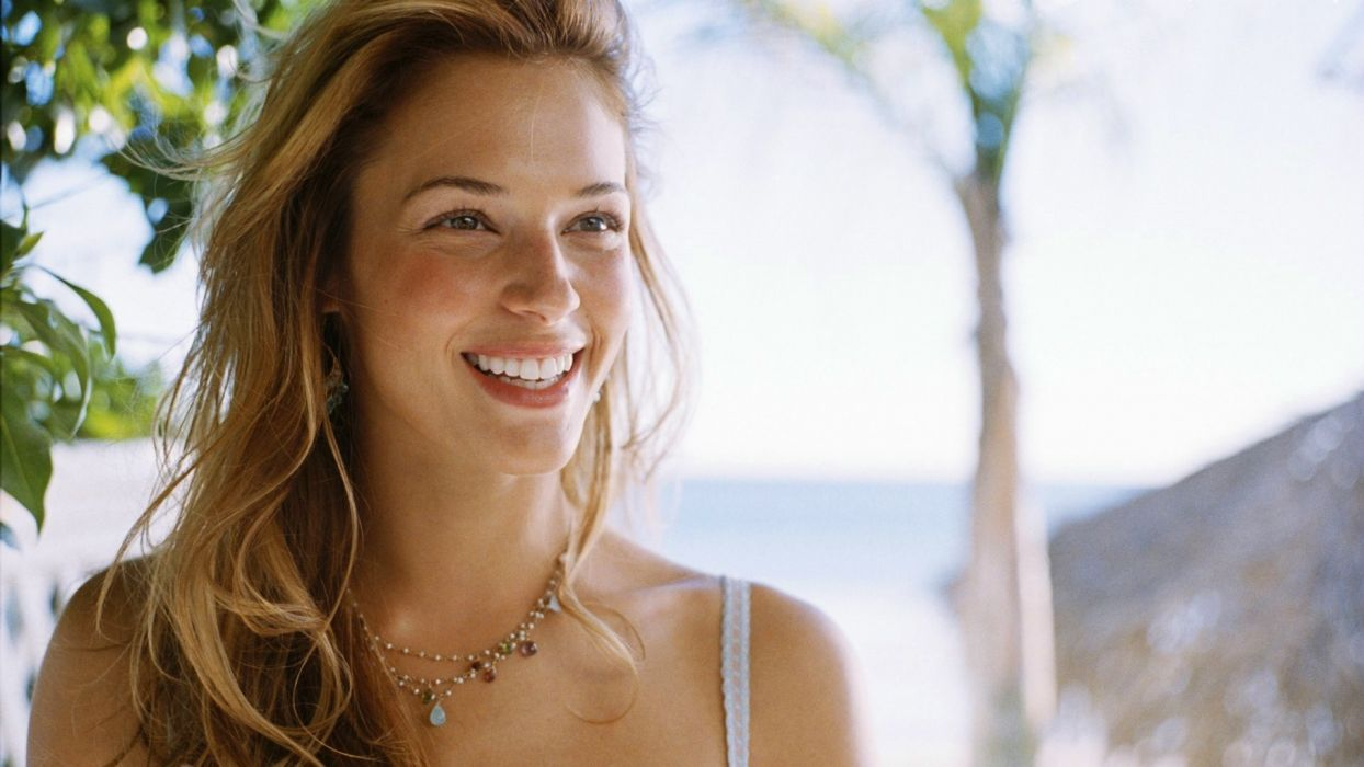 blondes women blue eyes smiling Amanda Righetti wallpaper