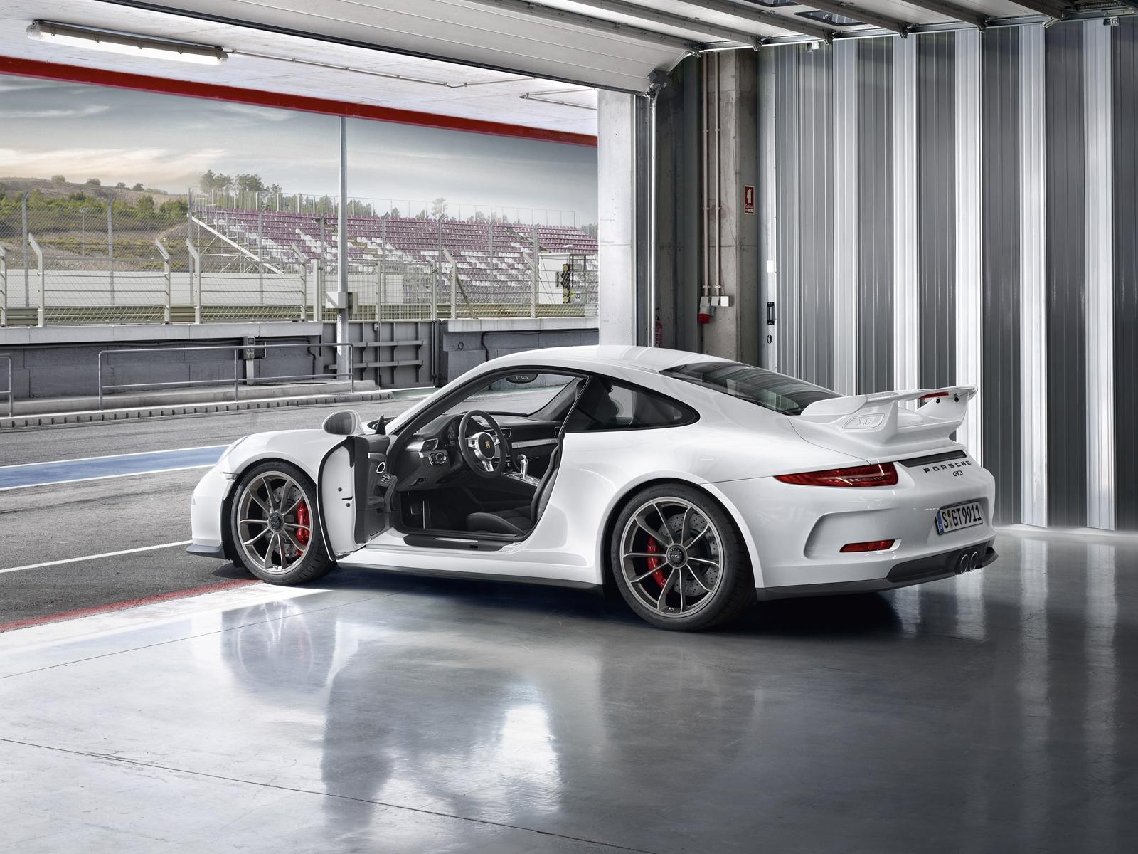 2014 porsche 911 gt3 991 supercar interior f wallpaper 1600x1200 230911 wallpaperup