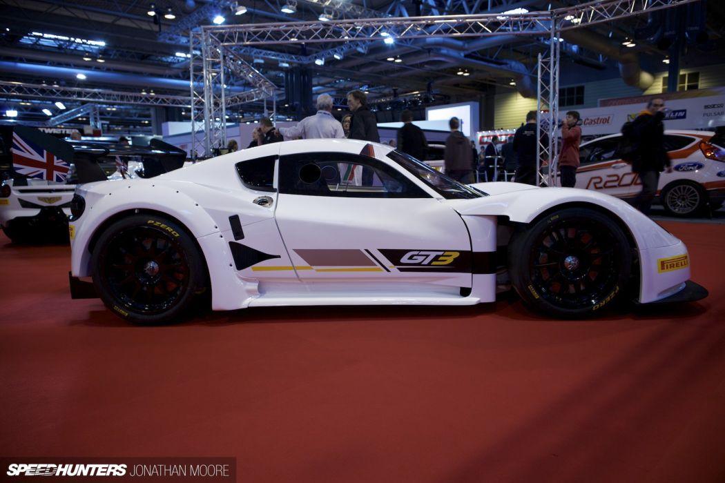 Chevron GT3 supercar race racing      g wallpaper