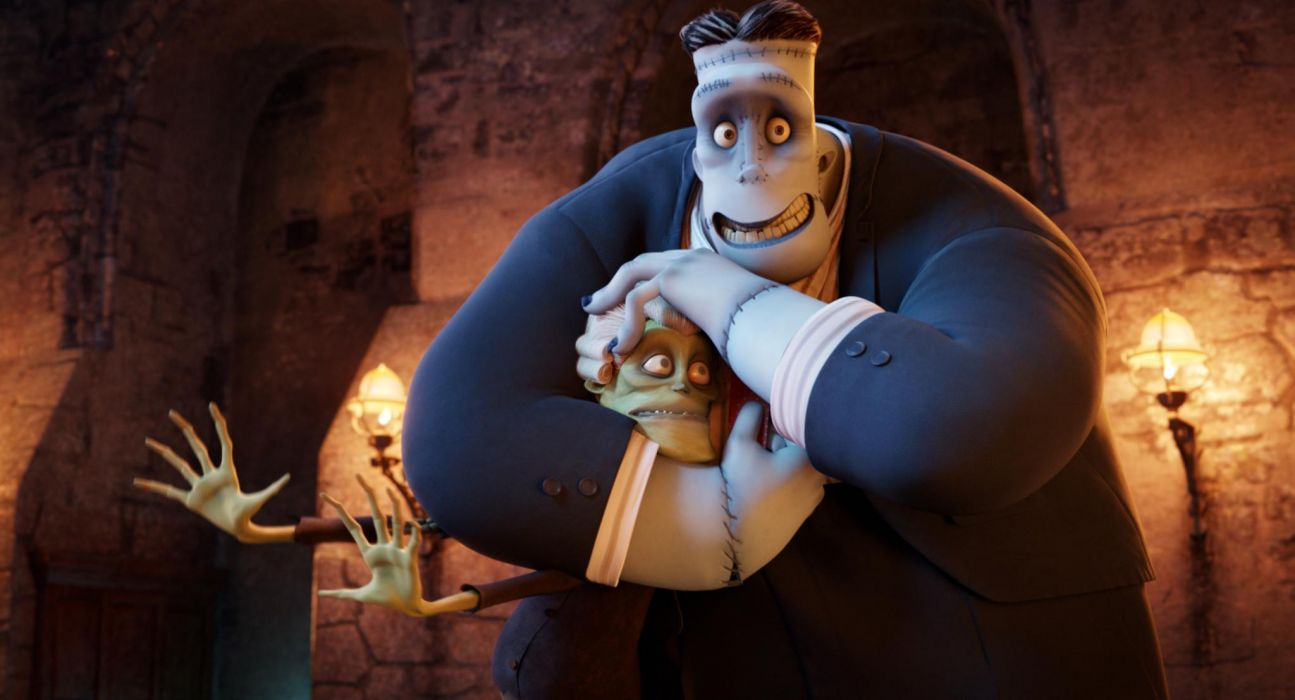 HOTEL TRANSYLVANIA animated fantasy comedy dark halloween monster (47) wallpaper