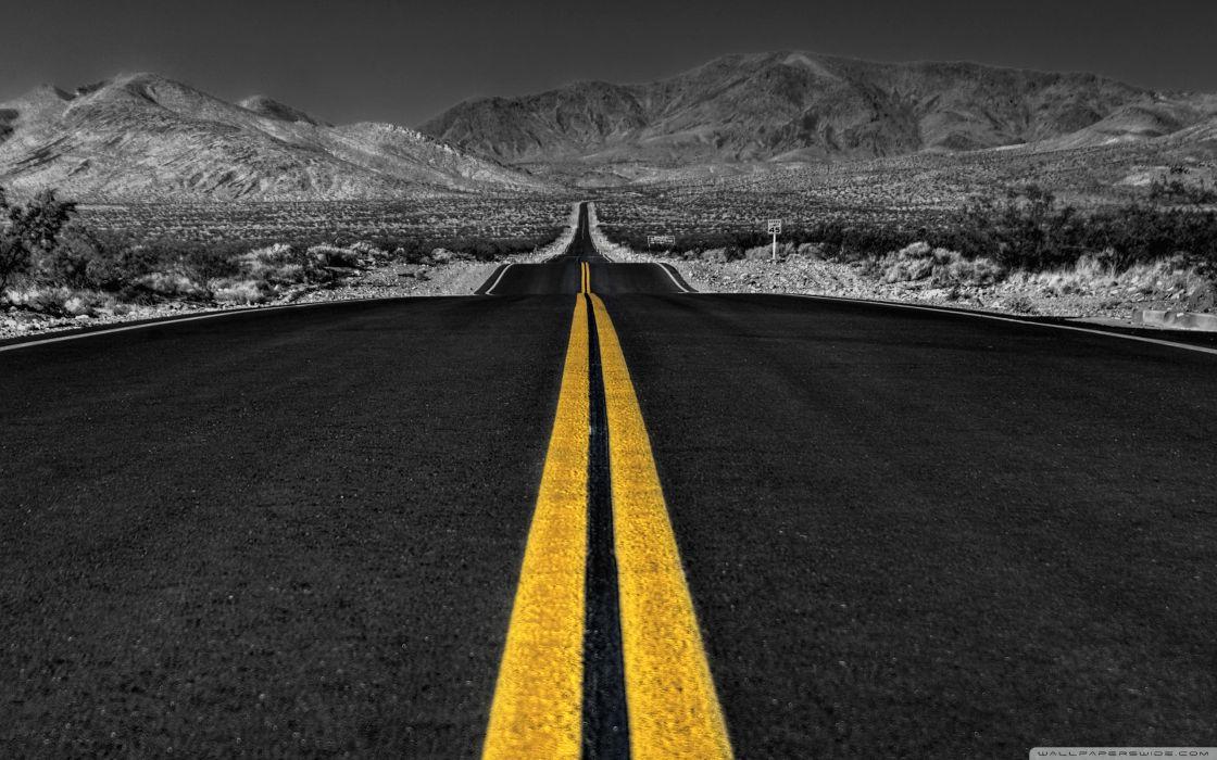long desert road black and white-wallpaper-2560x1600 wallpaper