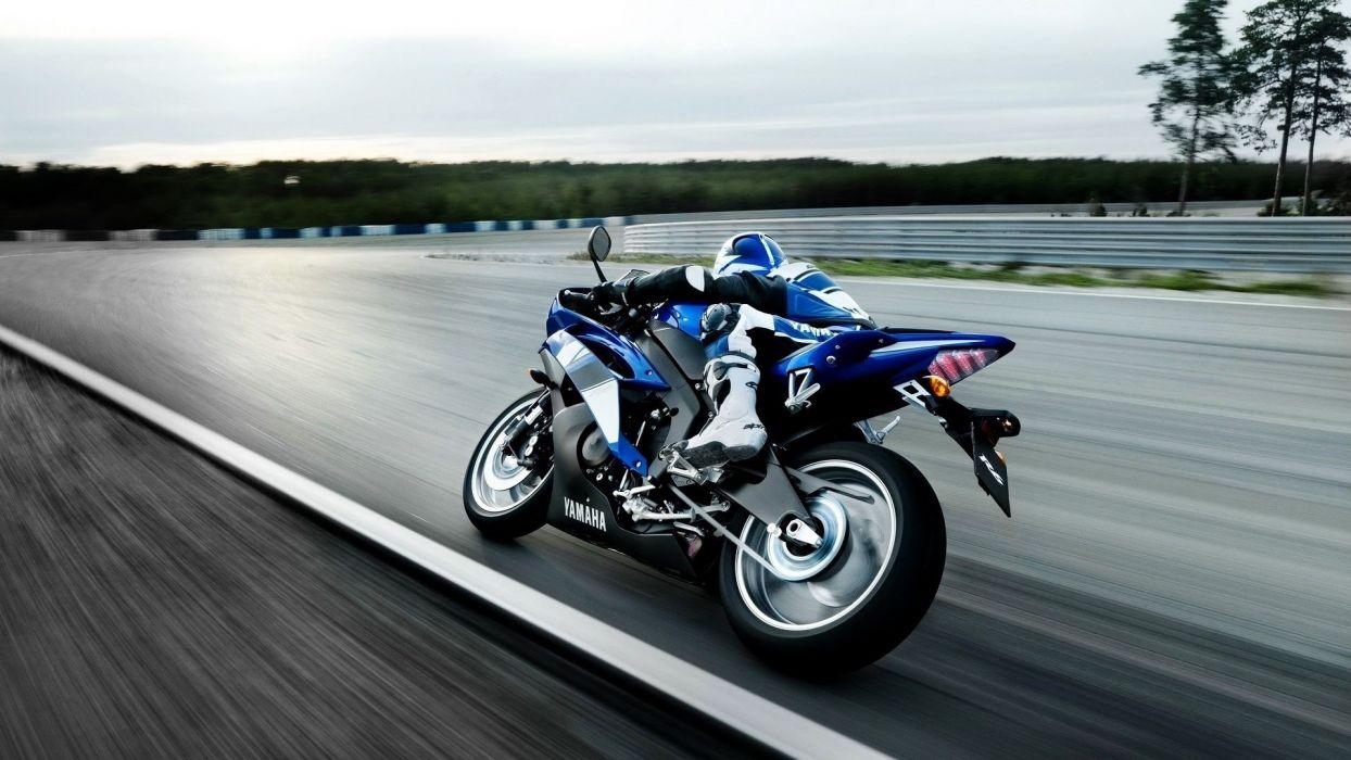 Yamaha motorbikes wallpaper