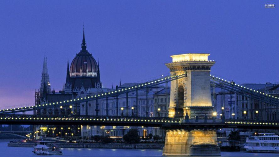 Budapest chain bridge wallpaper